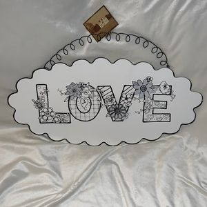 The Round Top Collection - Love Sign
